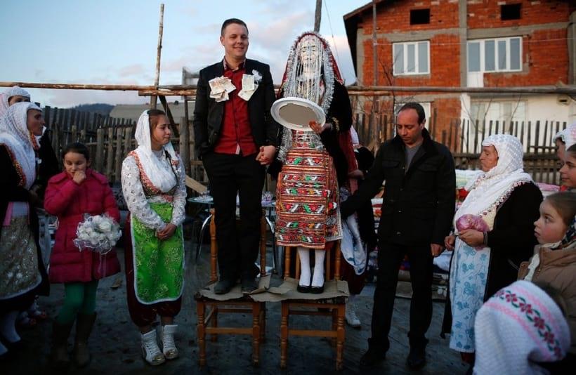 20 традиционных свадебных нарядов со всего мира (20 фото)