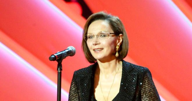 70-летняя актриса Ирина Купченко на премьере нового фильма затмила своей красотой стройных моделей