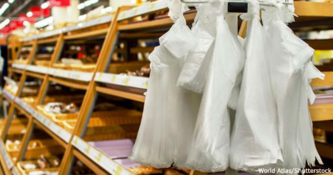 В Грузии больше нельзя использовать пластиковые пакеты. Вообще!
