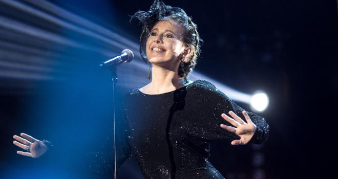 «Она еще и поет!» Ксения Собчак дебютировала с песней