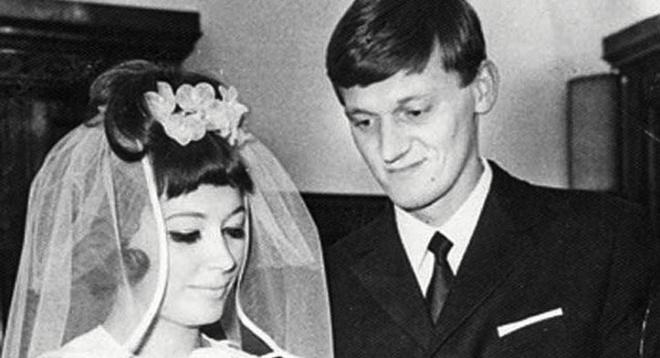 В чем выходили замуж звезды советской эпохи: редкие свадебные кадры