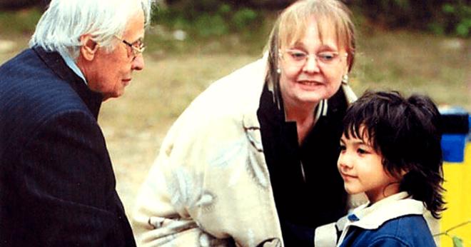 «Подарок небес»: когда мужу Наталии Белохвостиковой было 80, а ей 56, они усыновили 3-летнего мальчика