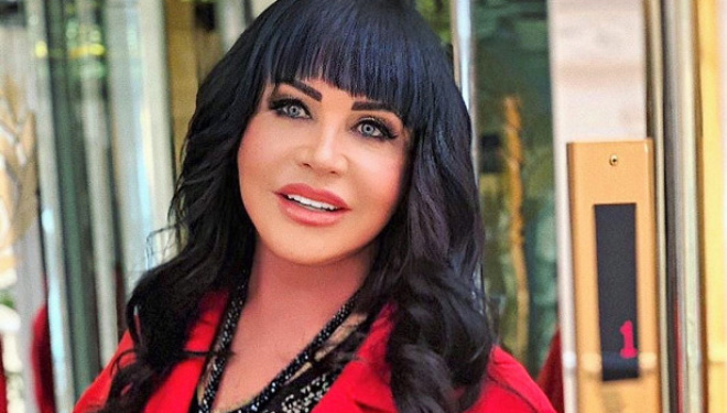 Надежда Бабкина в латексном костюме и с дерзким макияжем скинула 20 лет и поразила своих поклонников