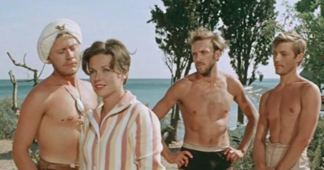 Спустя 56 лет: вспоминаем актеров легендарной комедии «3+2»
