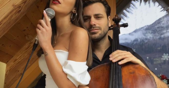 Виолончелист и певица без лица взорвали сети своим выступлением