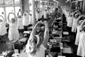 6 традиций из СССР, которых сейчас сильно не хватает