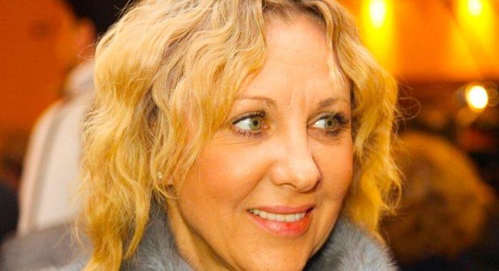 59-летняя Елена Яковлева появилась в Сети в новом образе. Поклонники оценили новую стрижку актрисы